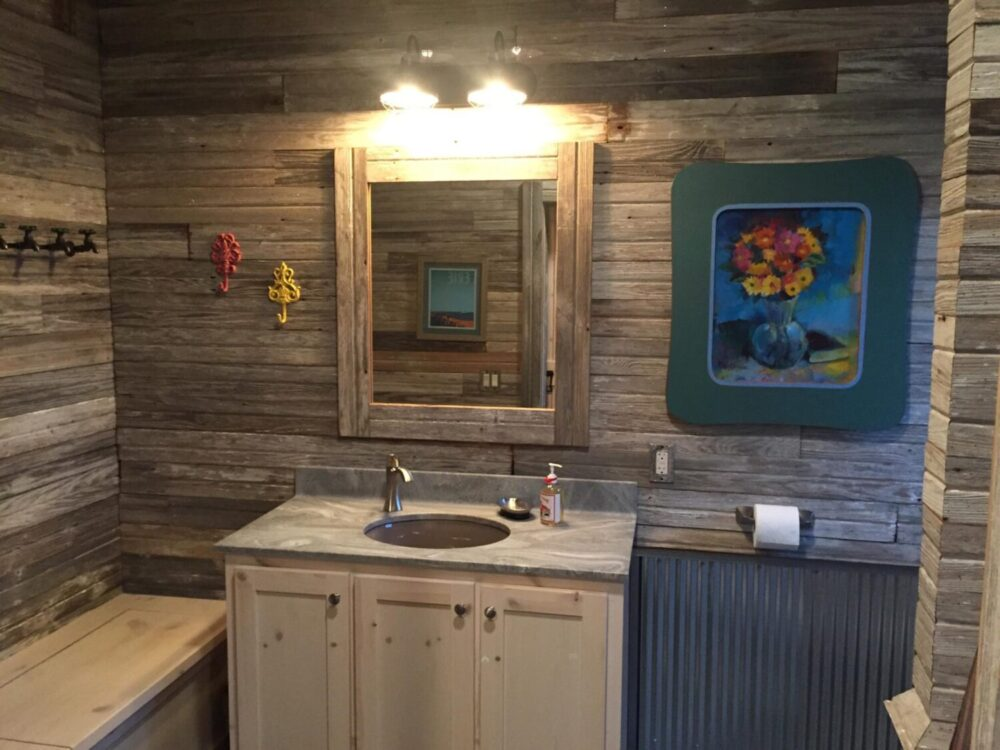 Reclaimed Gray Amp White Barn Siding Antique Beams Amp Boards